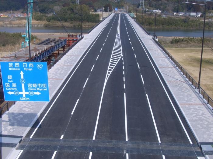 新相生橋舗装(全景)