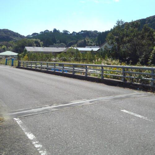 新しく歩道橋ができます♪